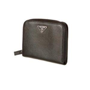 9c71c58ddd8250 Prada Bags | Euc Black Saffiano Leather Wallet | Poshmark